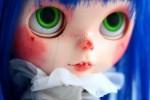 Открытка: Наивная кукла