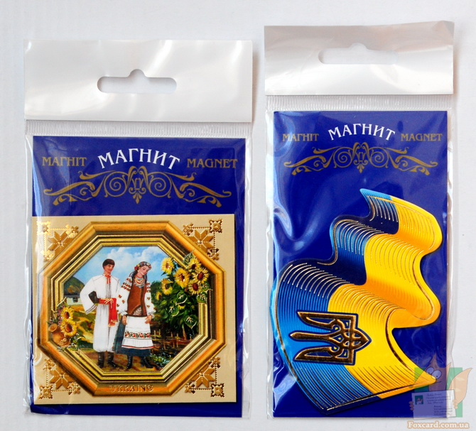 Магнит украинской тематики - пара в подсолнухах